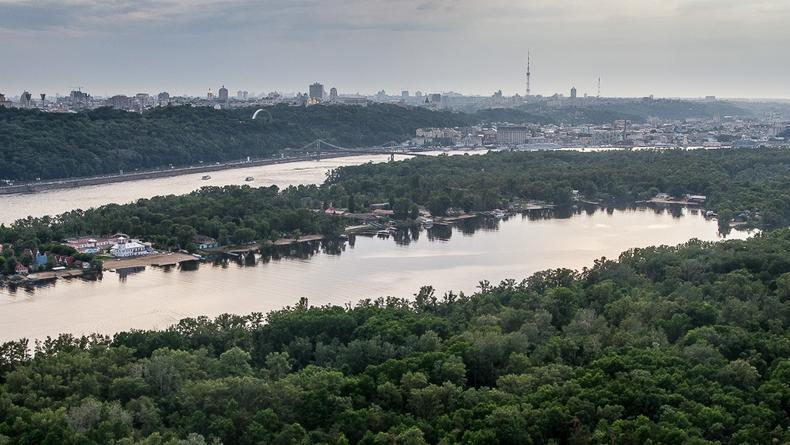 Труханов остров