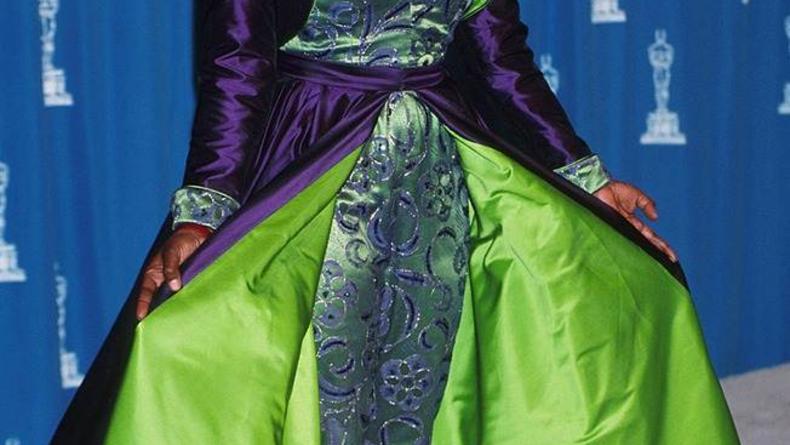 Cамые необычные наряды в истории Оскара