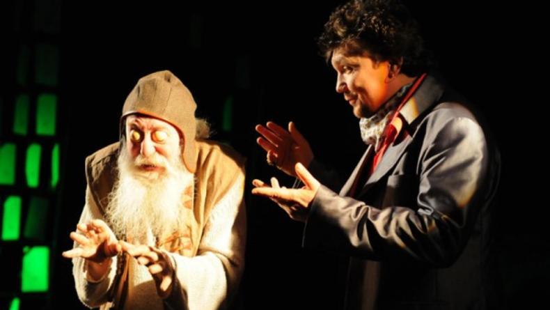 Человек и вечность: философская комедия от Молодого театра