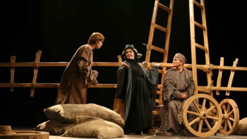 Кайдаши - история одной семьи на театральной сцене