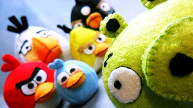 Скоро известные Angry Birds станут мультяшными