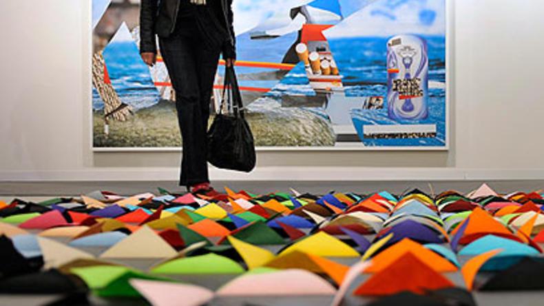 Цены на современное искусство выросли за год на 29%