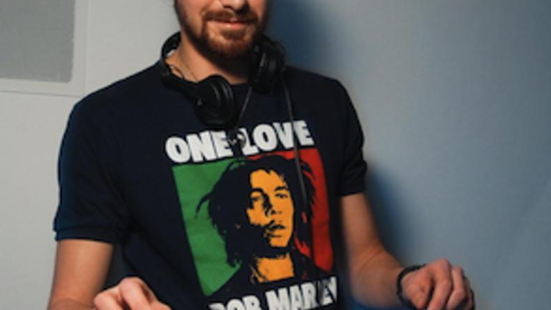 DJ List