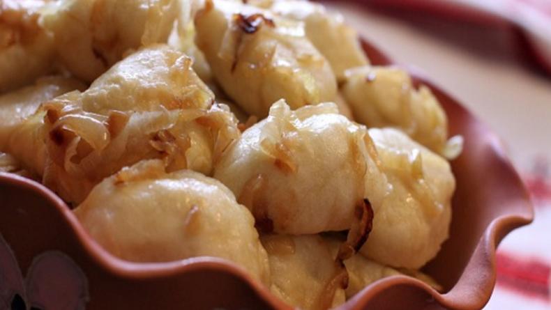 Пирогово угощает варениками и борщом и делится рецептами