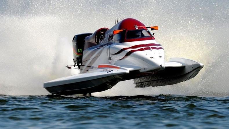 Скорость 250 км/ч на водной Формуле-1 в Вышгороде