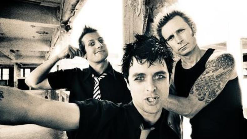 Живой клип Green Day на песню Let Yourself Go (ВИДЕО)