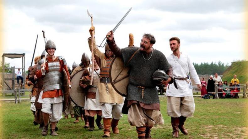 Выходные в этнопарках: Ярмака и история костюма