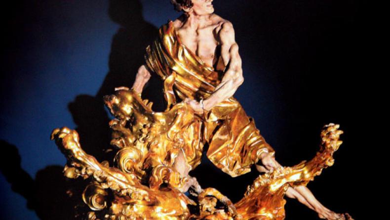 В Лувре открывается выставка украинского скульптора