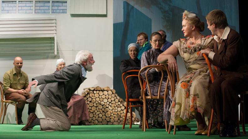 В Театре на Левом берегу премьера по Достоевскому (ФОТО)