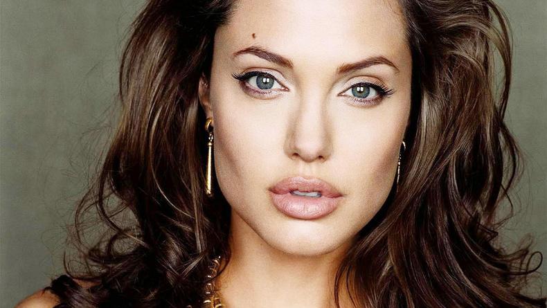 Анджелина Джоли снимет драму про Вторую мировую
