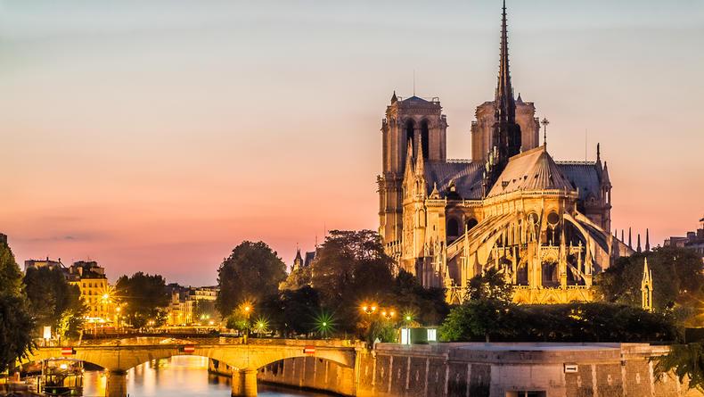 12 лучших соборов мира, архитектура которых притягивает своей красотой