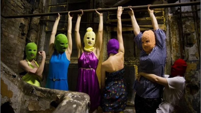 В России прошла премьера спектакля о Pussy Riot