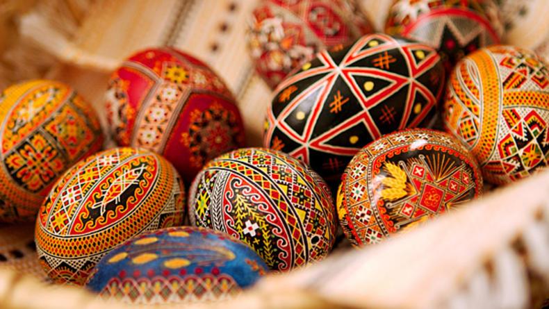 Сегодня в Киеве открывается веселая Пасхальная ярмарка