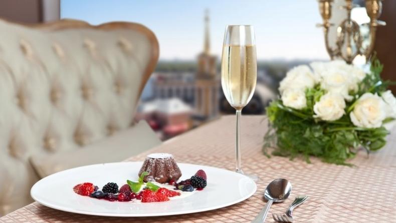 ТОП-5 панорамных ресторанов Киева (Реклама)