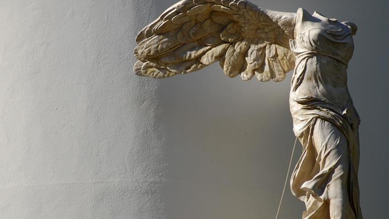 Лувр собирает деньги на реставрацию Ники Самофракийской