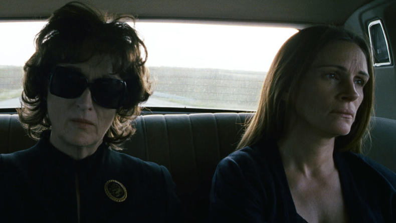 Мерил Стрип и Джулия Робертс играют в дочки-матери (ВИДЕО)