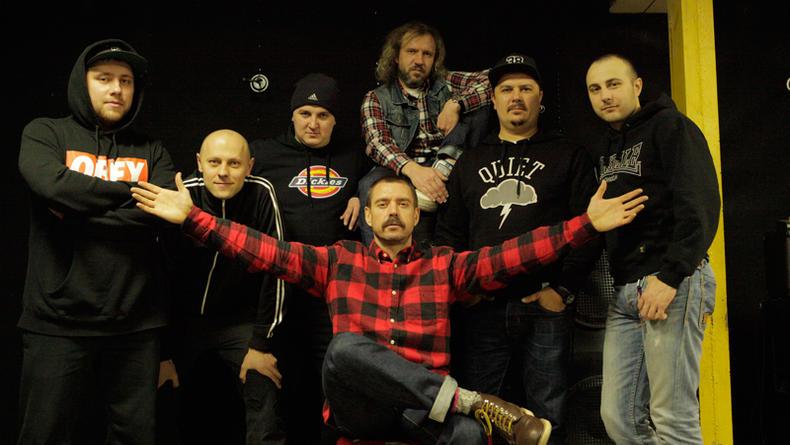 Альбом Ляписов Матрешка напоминает о Майдане (ВИДЕО)