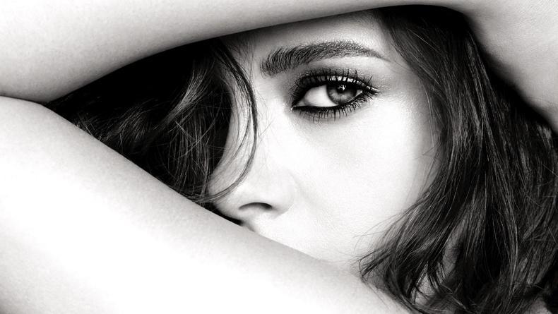 Кристен Стюарт стала лицом линии макияжа Chanel