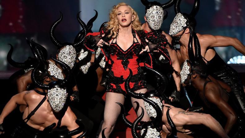 Секс, насилие и Тайсон в новом видео Мадонны