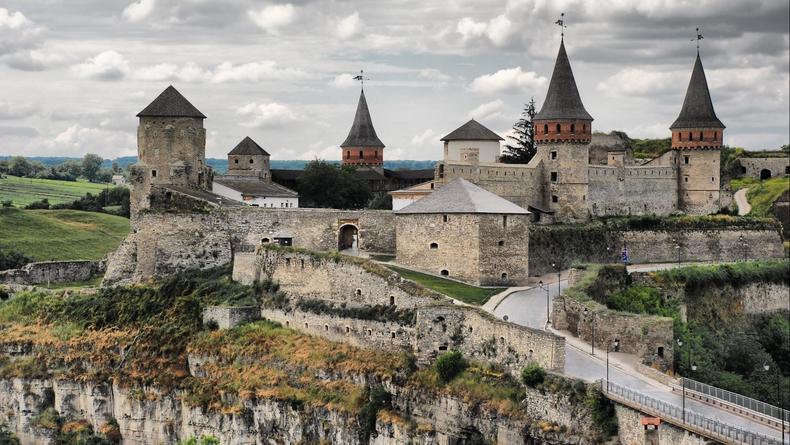 Замки Украины, которые обязательно нужно увидеть