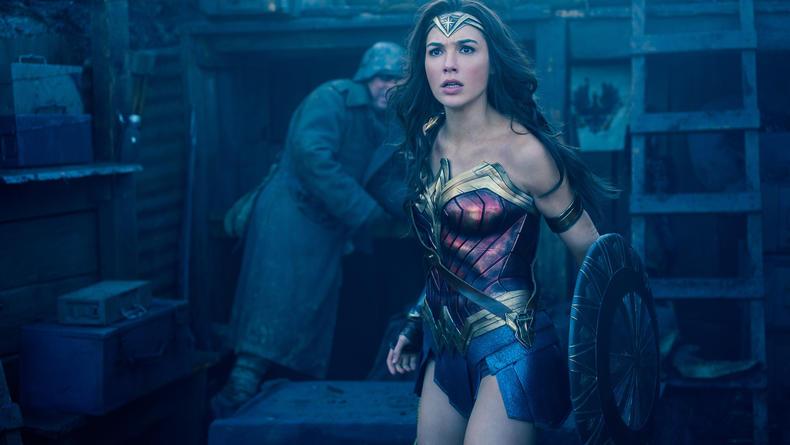 Кинопремьеры: Чудо-женщина и спасатели