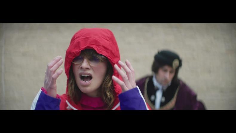Лина Хиди снялась в новом клипе Kasabian