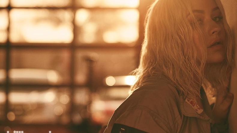 Кристина Агилера выпустила первую за шесть лет песню