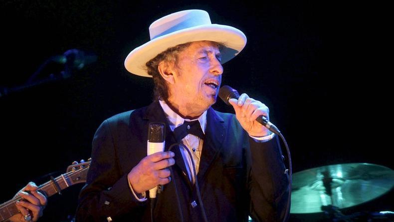 Бобу Дилану – 77. Вспоминаем легендарные песни оскароносного музыканта