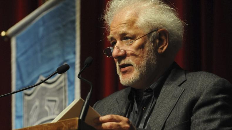 Названа лучшая книга за 50 лет существования Букеровской премии