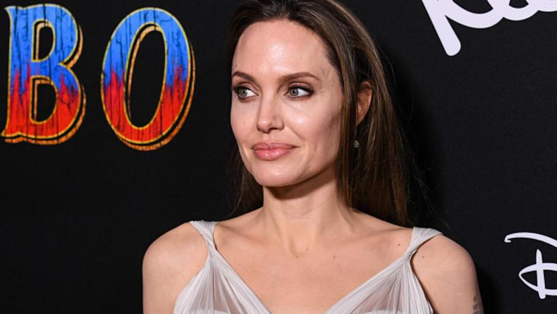 Анджелина Джоли уйдет из кино - СМИ