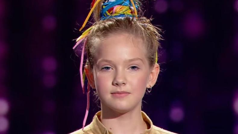 Покорила зал: Дочь Кошевого прошла в финал шоу Голос. Дети