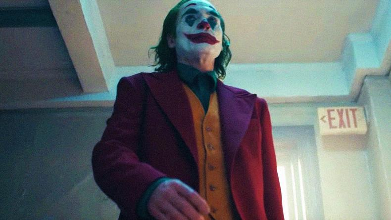 Первый взгляд: Опубликован кадр из фильма Джокер с Робертом Де Ниро