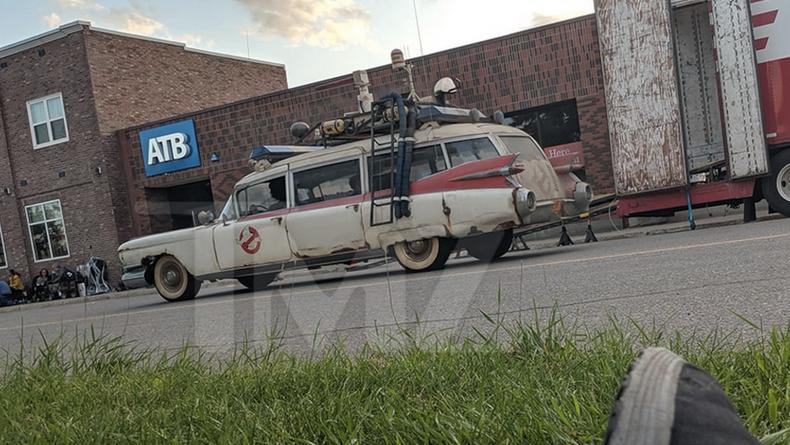 Появились фото и видео со съемок Охотников за Привидениями 3