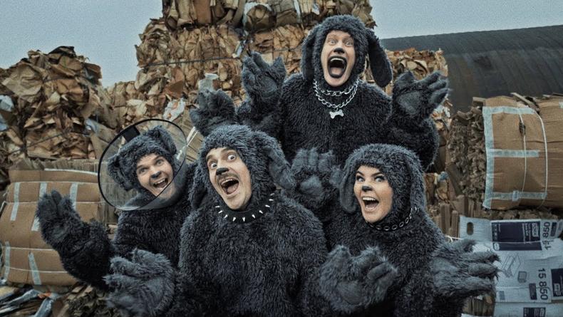 Собаки, Кардашьян и Билли Айлиш: LITTLE BIG порвали YouTube пародийным клипом