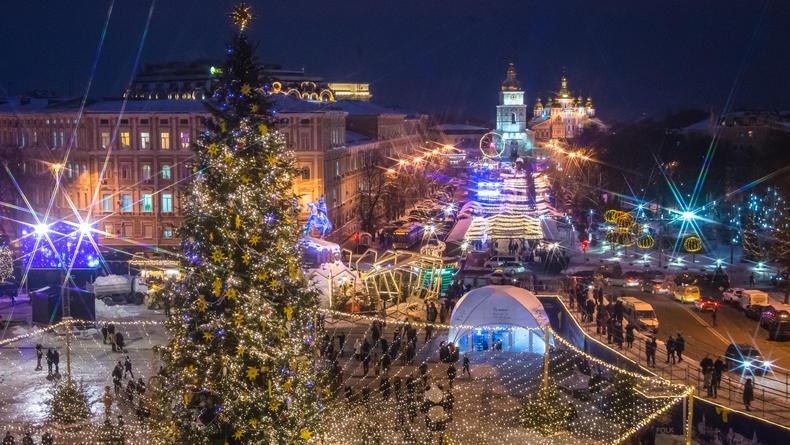 План действий на уикенд: Рождественская музыка, театр и Один Дома