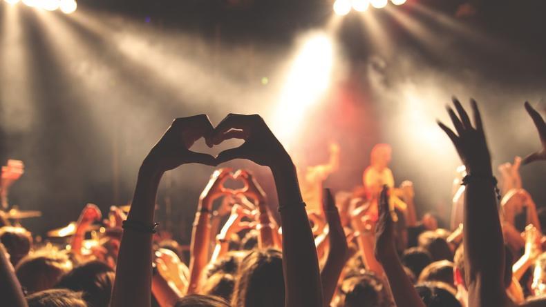 План действий на уикенд: Рок-шоу, Гарри Поттер и стендап