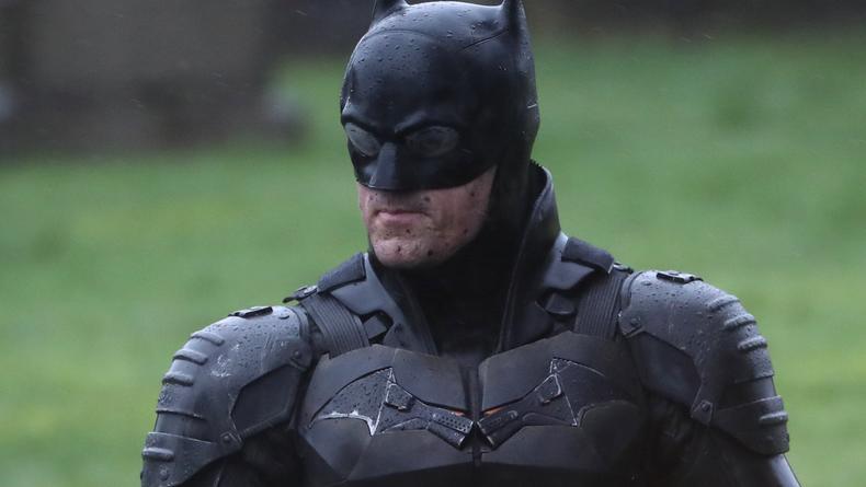 Появились зрелищные фото со съемок нового Бэтмена