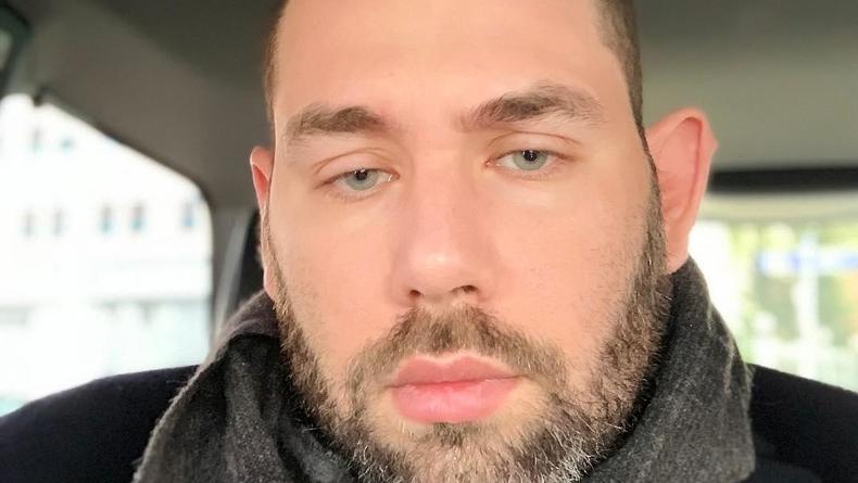 """""""Пусть будет ж*па"""": Слепаков покорил YouTube матерной песней о коронавирусе"""