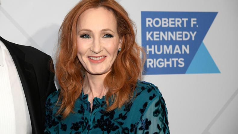 Написавшая Гарри Поттера Джоан Роулинг заявила, что подхватила коронавирус