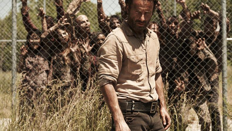 Что смотреть на карантине: ТОП-5 лучших сериалов про зомби