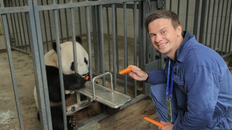 Дмитрий Комаров отправится спасать китайских панд
