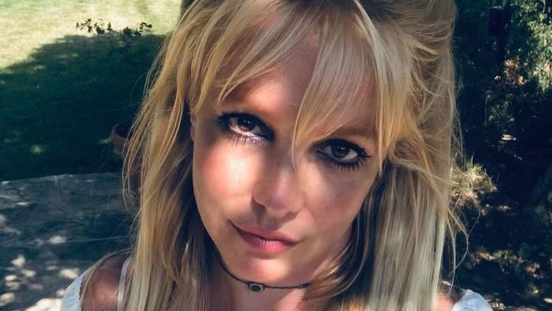 Странный танец Бритни Спирс шокировал пользователей
