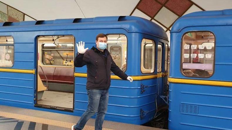 Секреты пользования метро Киева: стоматолог устроит необычный забег