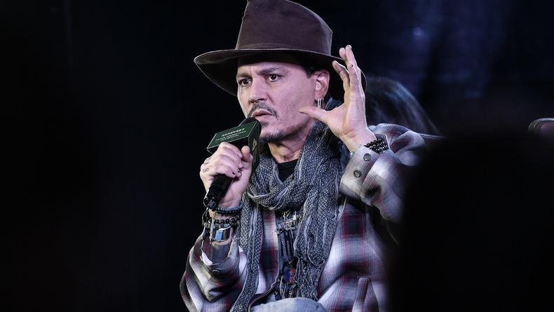 """Джонни Депп настаивал, чтобы Эмбер Херд отстранили от """"Аквамена"""""""