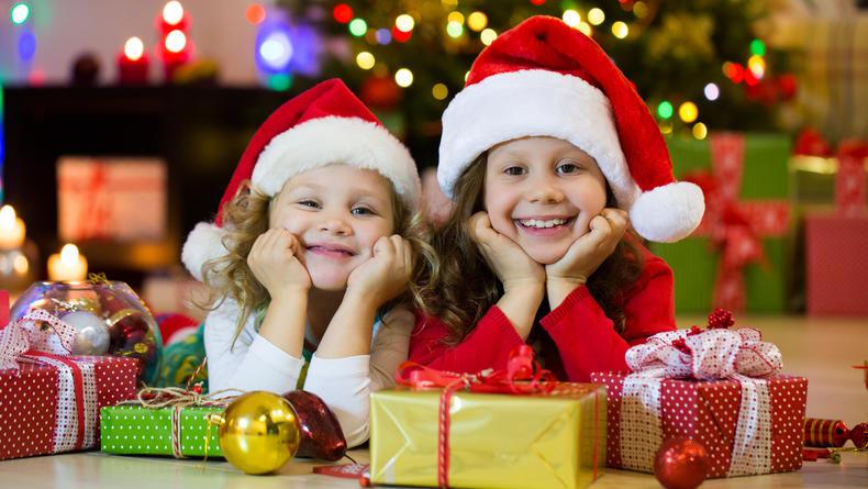 Какой подарок выбрать детям на Новый год: Учитываем возраст и интересы