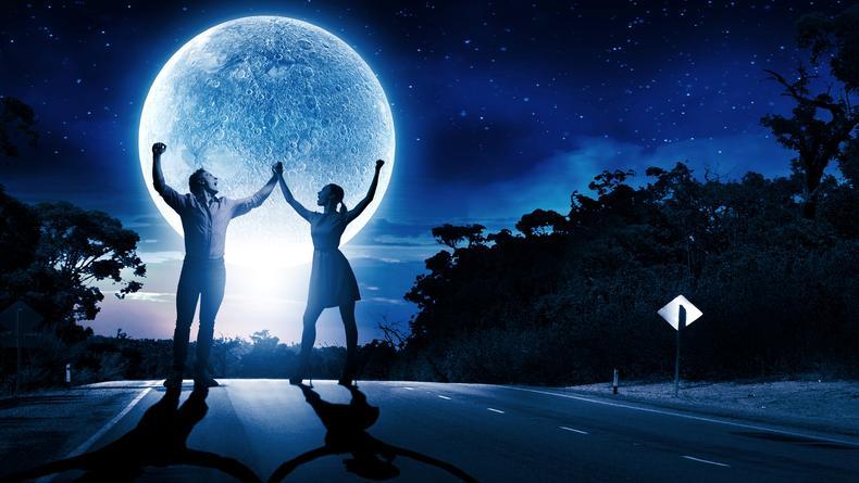 Полнолуние 28 января 2021: Как влияет на любовь, творчество и карьеру