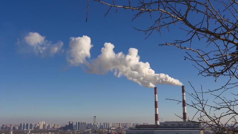 Киев снова попал в двадцатку городов с самым грязным в мире воздухом
