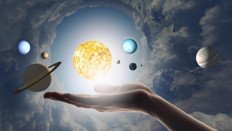 Павел Глоба составил гороскоп на неделю с 15 по 21 марта 2021