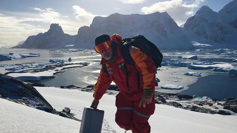 """Новая полярная экспедиция из Украины отправилась изучать """"язык"""" китов"""