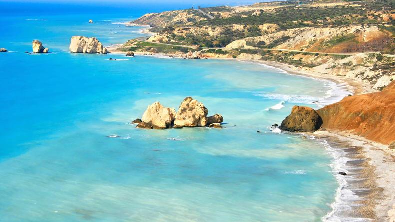 Украинцы смогут посещать Кипр с двумя отрицательными ПЦР-тестами